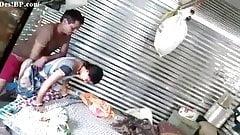 Marathi tia traindo e fodendo duro com vizinho