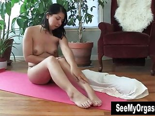 Asian girl poops on floor - Nasty asia masturbating on the floor