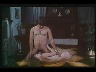 Mature greek porn Greek porn 70-80s pios tha pidixi ti gorgona prt3-gr2
