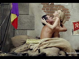 Nude 1680 x 1050 Kira miro nude - no lo llames amor... llamalo x