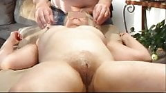 mature likes to rub her pussy 150315