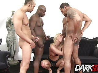 Dog anal glands drained - Cumslut linda ray drains all their bbcs in a dp gangbang