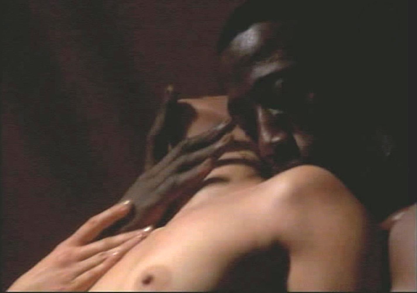 Jennifer Lopez Topless