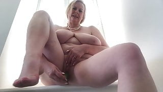 Milf Cougar Naughty BBC Lover Plays With Some Oil