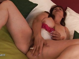 Free search movie fuck mature Old fat granny searching for her small cunt