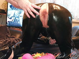Fist snake Slut-orgasma celeste wine gum snakes in fuck holes part 2-2