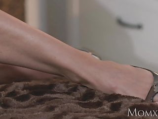 A mature model Mom toned and tanned model has intense orgasm