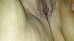 Мокрая киска жены