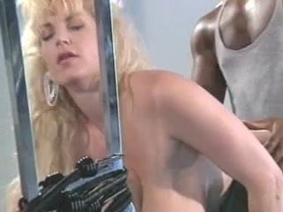 Free download & watch chessie moore at her best         porn movies