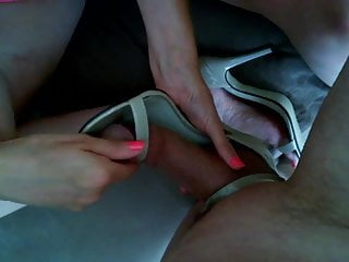 Imagatabegoro rikku tan - ffx-2 hentai - Tan sandals and oil part 2