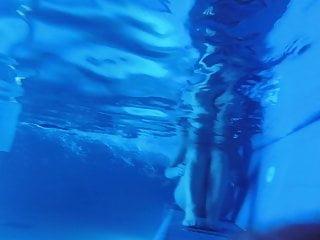 Underwater safety strips for pool steps Underwater-sauna pool-03122019-11
