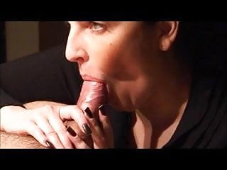 I love sucking moms clit I love sucking the cum in her mouth
