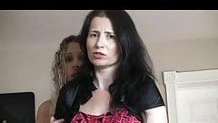 Вынужденные раздевать мать и дочь