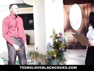 Dick davin real estate Teensloveblackcocks - smoking hot real estate seduces buyer