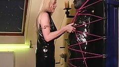 Mistress L - femdom