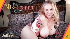 大人の時間-エロい体の巨乳熟女julia annがオナニー!