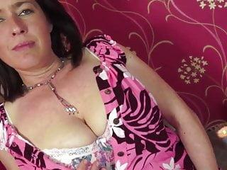 Woman masturbation videos - Mature woman masturbation