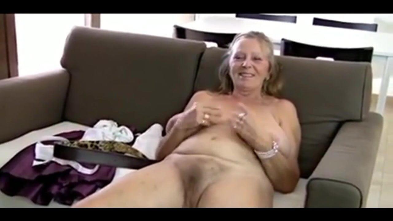 Featured Granny Big Tits Masturbation Webcam Porn Pics Xhamster