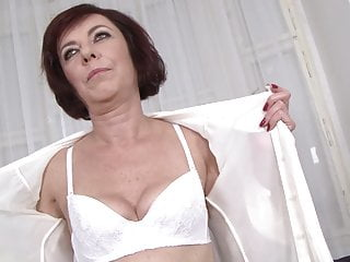 Lara logans pussy - Mature lara gets anal drilled and fucked in her pussy