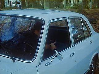 Coopers vintage auto parts - Brigitte lahaie in scene 1 auto-stoppeuses en chaleur 1978