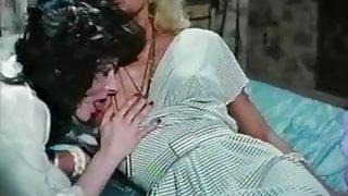 vintage lesbian hairy pussy