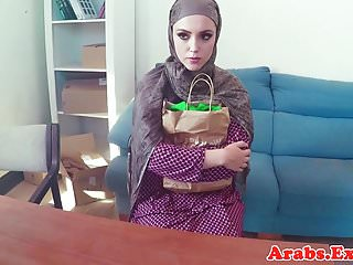 Cocksucker amateur video - Cocksucking muslim amateur takes cum in mouth