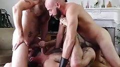 Threesome daddies