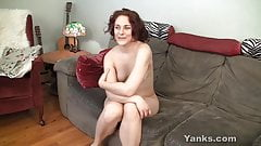 Horny Yanks Cutie Vera Masturbating