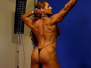 Muscle redheads Sexy muscle goddess in studio 2