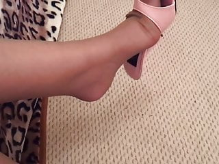 Teen porn pink shoes Stocking shoe dangling with pink mules