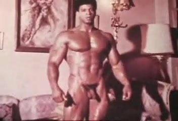 Schwule bodybuilder nackt