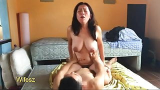 Passionate wifesz sex moment