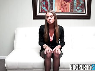 Midwest real-estate prices bottom - Propertysex - stunning young real estate agent job interview