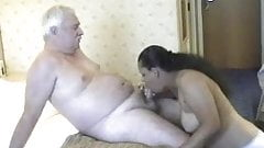 INDIAN MATURE WIFE WITH WHITE COCK – ENJOY
