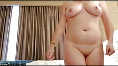 Amateur wife bounces big natural boobs