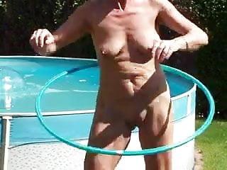 Elke sommer naked - Elke mit reifen