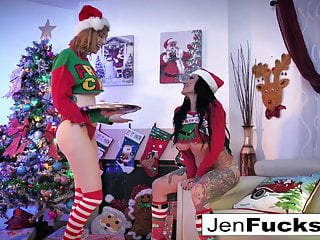 Top teen girl christmas gifts Christmas gift sharing with jenevieve hexxx and lauren