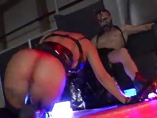 Erotic downward dog Live sex in the erotic salon