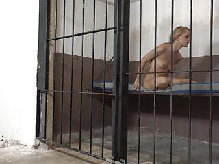 Pee in hotel Pee in prison