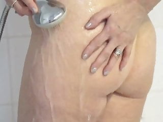 Cougers fucking young men Hot blonde mom fuck young men in kitchen
