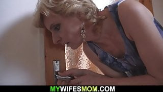 Blonde mature mommy pleases her son-in-law