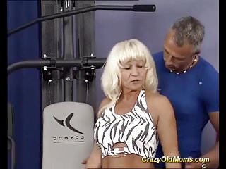 Mature muscle woman blowjob - German muscle mom sex training