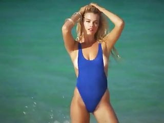 Pediatric vulva anatomy illustrations Hailey clauson sports illustrated swimsuit cover model 2016