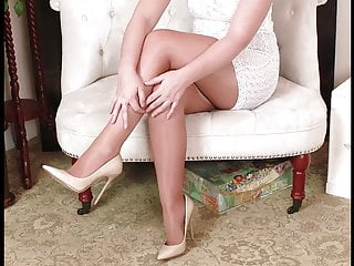 Shiny white pantyhose - Shiny pantyhose white dress high heels