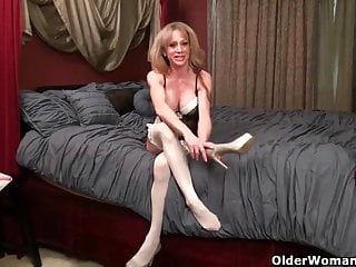 Penis poke out underwear - Milf raquels big clit is poking out