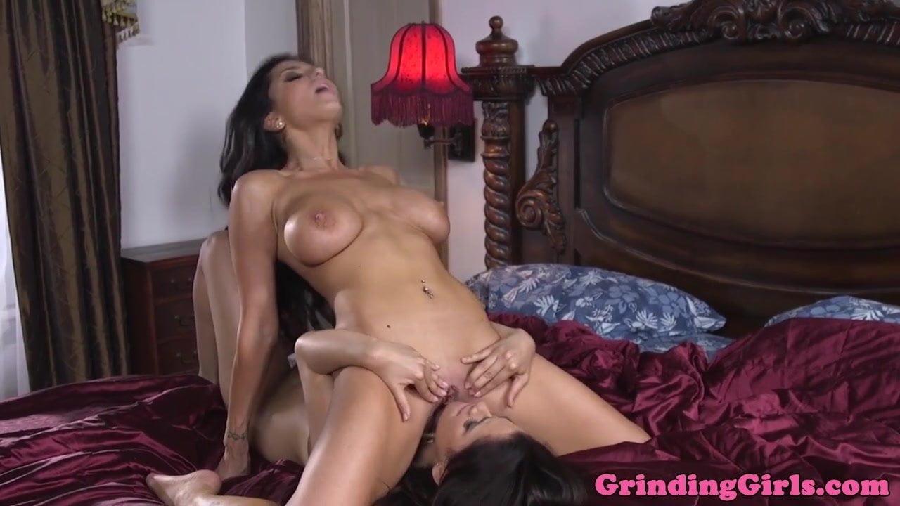 Older Women Licking Pussy