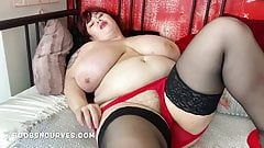 Huge tits Roxanne now with a big hairy box