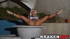 Krakenhot - Coral Joice in an outdoor sex scene