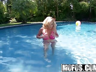 She licked her clit and pool Mofos - shes a freak - pink pussy by the pool starring ains