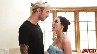 Hot mom sex with stepson, brazzers